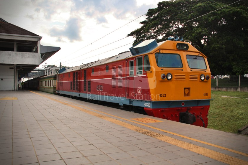 Special Express 46 Padang Besar Bangkok Hua Lamphong 039