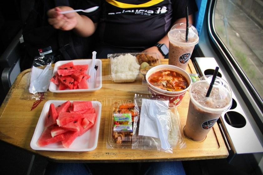 Special Express 46 Padang Besar Bangkok Hua Lamphong 047