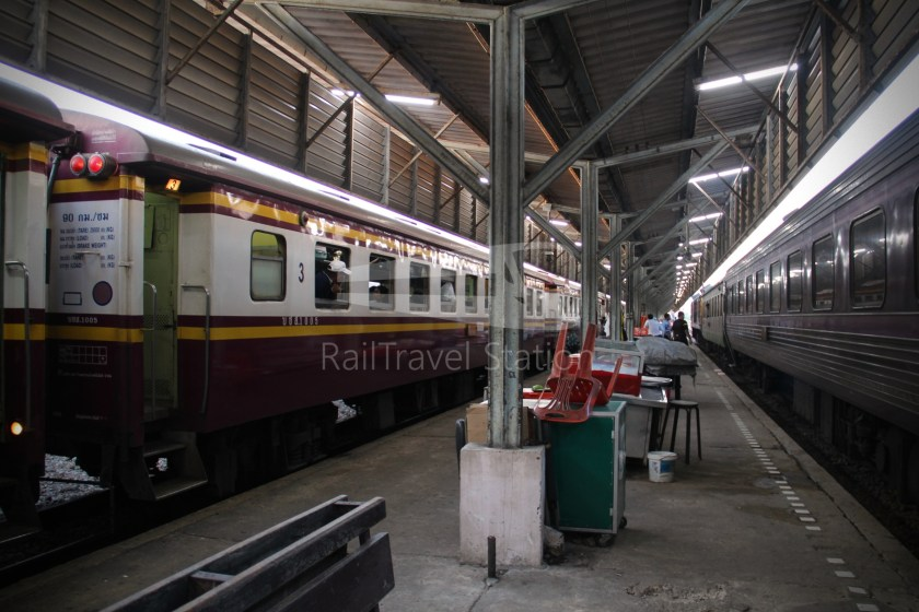 Special Express 46 Padang Besar Bangkok Hua Lamphong 058