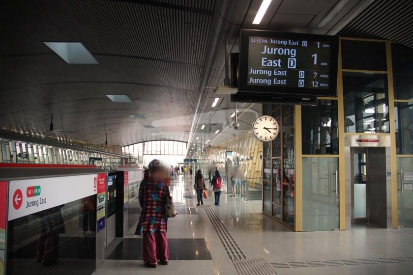 Canberra MRT Station 028
