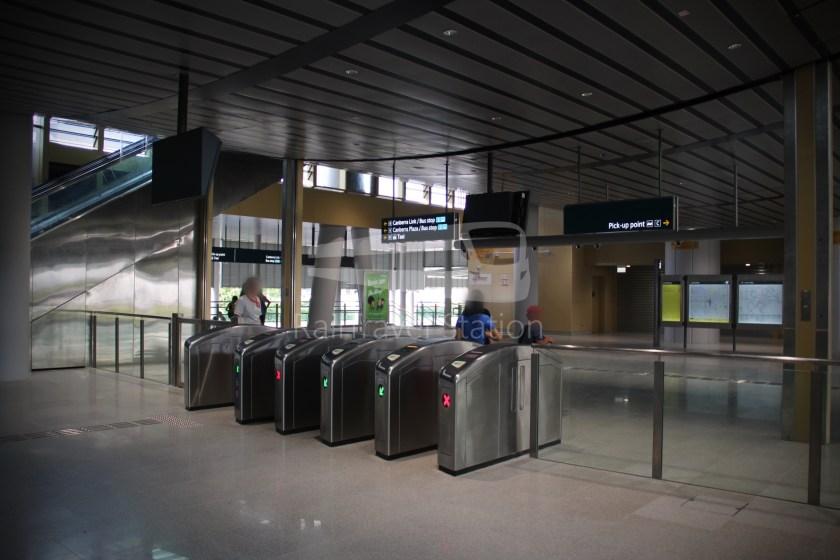 Canberra MRT Station 033