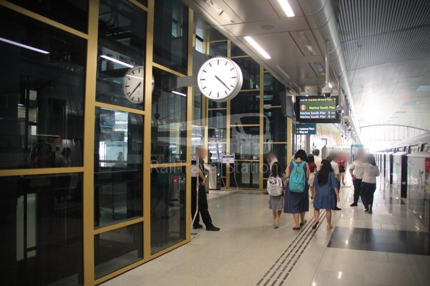 Canberra MRT Station 039