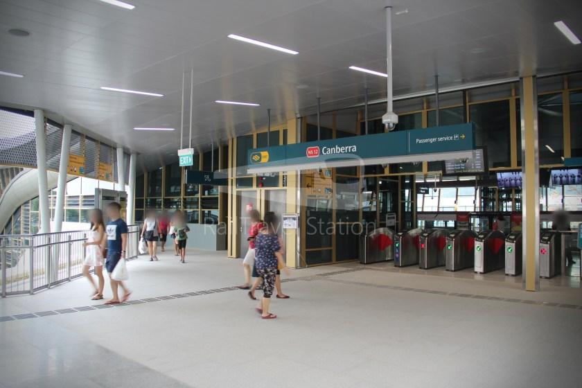 Canberra MRT Station 048