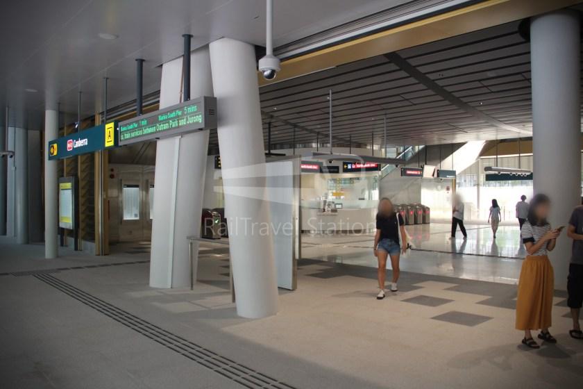 Canberra MRT Station 056