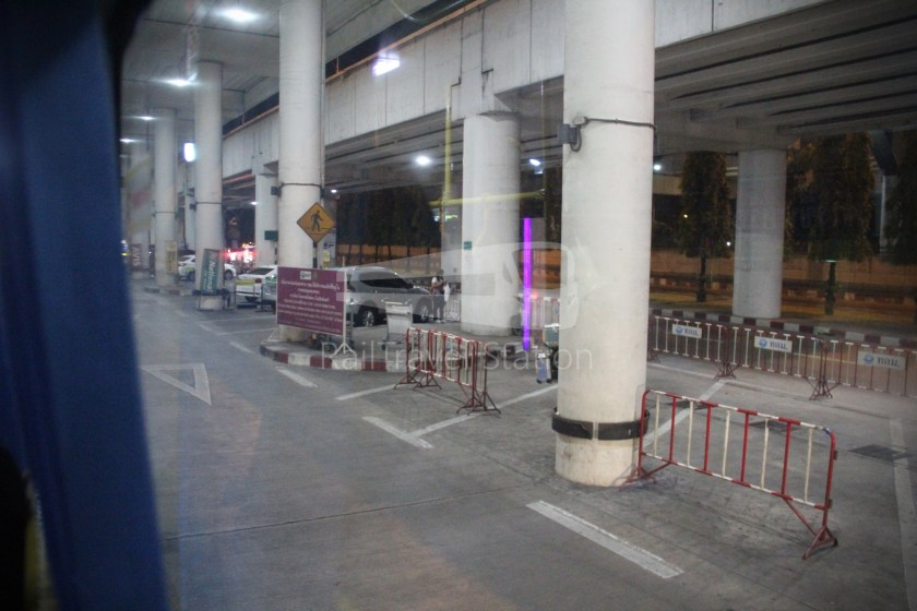 Don Mueang Airport Bus A1 DMK Mo Chit BTS 013