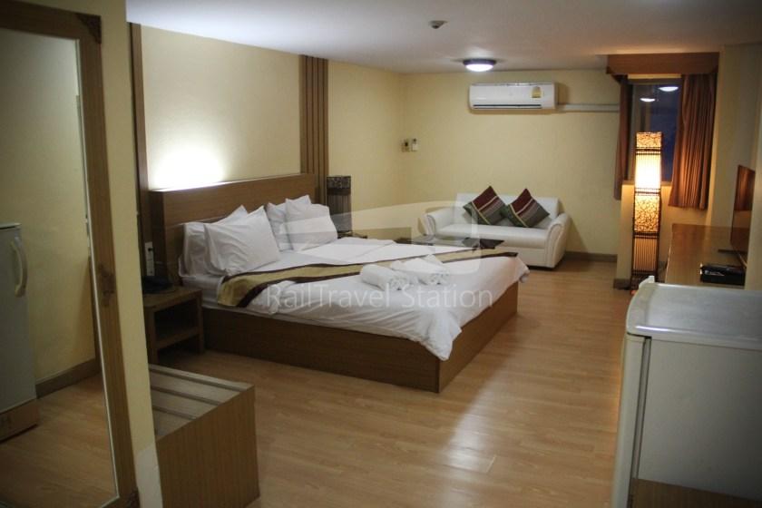 King Royal Garden Inn Hotel 006
