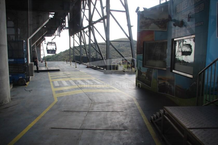 Ngong Ping 360 Cable Car Tung Chung Ngong Ping 038