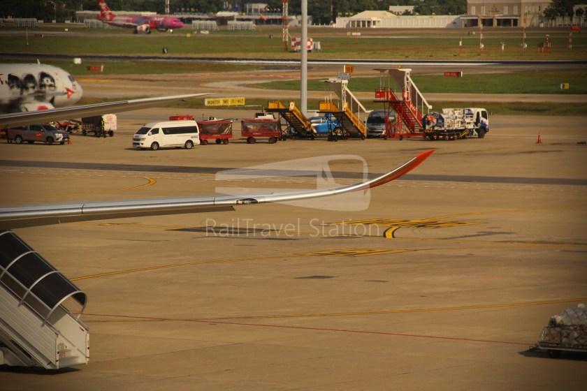 Thai Lion Air SL104 DMK SIN 339 022