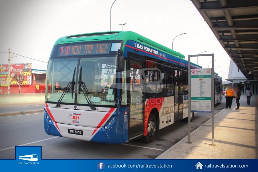 MRT SBK Line Feeder Bus T462 Kajang MRT KIPMall Bangi 001