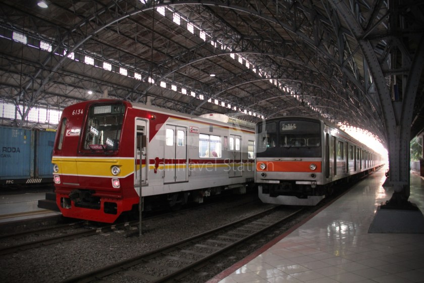 Musashino Line 205 Series Tanjung Priok 001