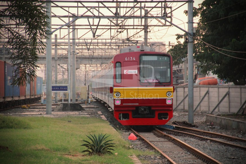 Musashino Line 205 Series Tanjung Priok 020
