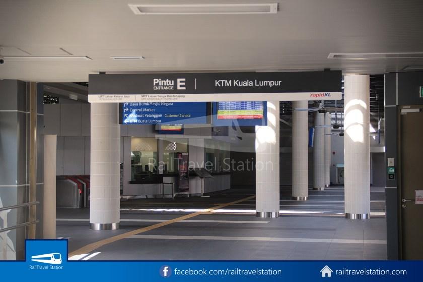 Pasar Seni LRT – Kuala Lumpur KTM Link Bridge 022