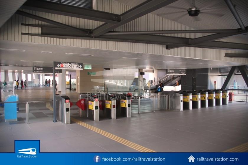 Pasar Seni LRT – Kuala Lumpur KTM Link Bridge 027