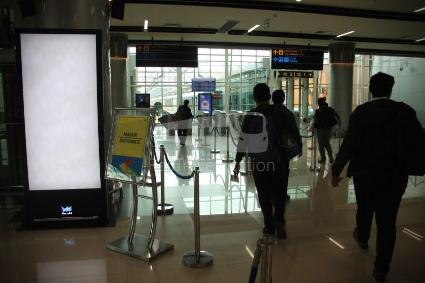Railink 537C538C SHIA Manggarai 011