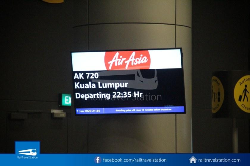 AirAsia AK720 SIN KUL Airbus A321neo 010