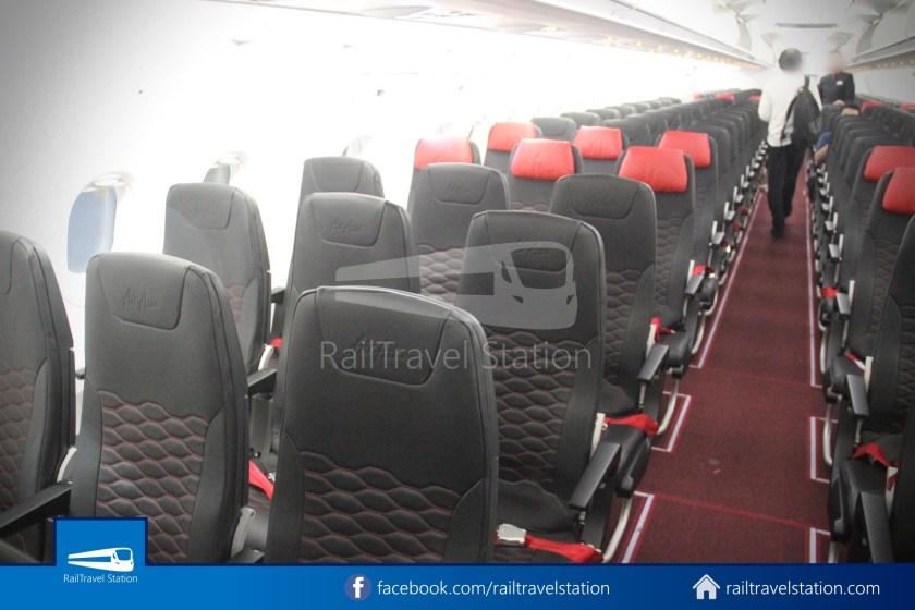 AirAsia AK720 SIN KUL Airbus A321neo 025