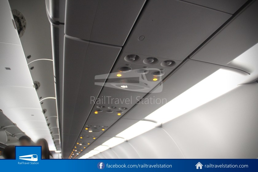 AirAsia AK720 SIN KUL Airbus A321neo 037