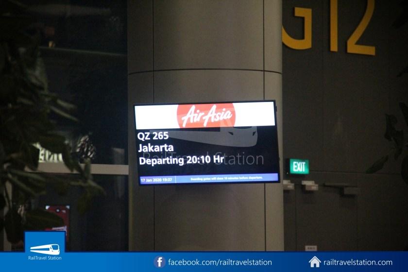Indonesia AirAsia QZ265 SIN CGK 012