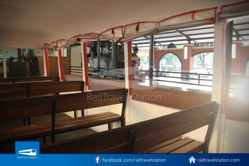 TMII Mini Train 015