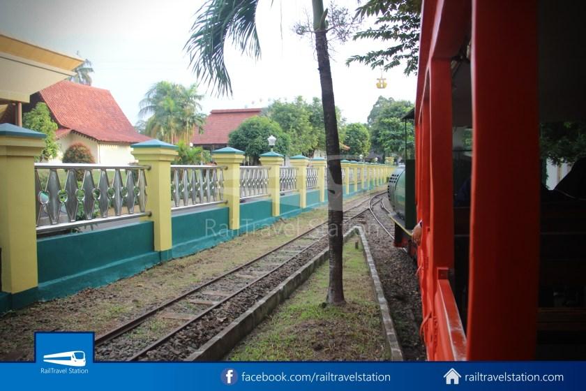 TMII Mini Train 016