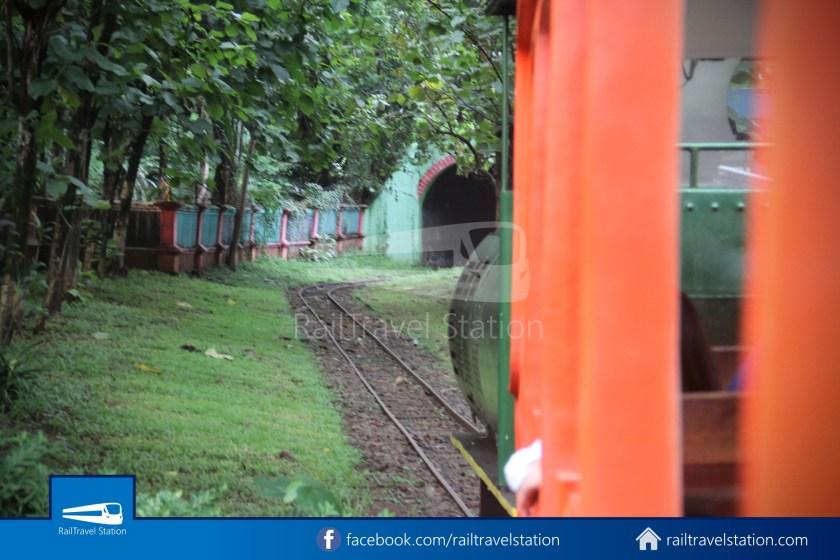 TMII Mini Train 044