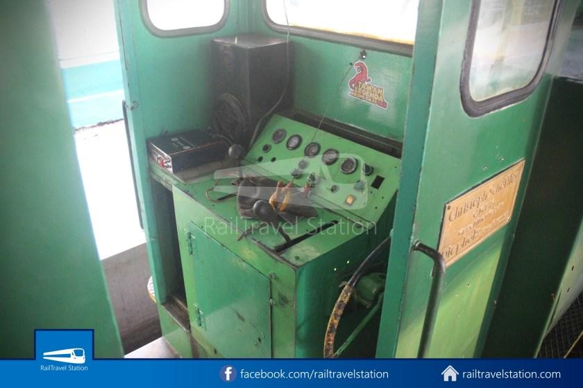 TMII Mini Train 084