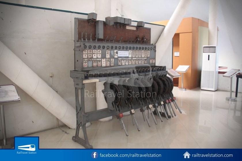 TMII Museum Transportasi 059