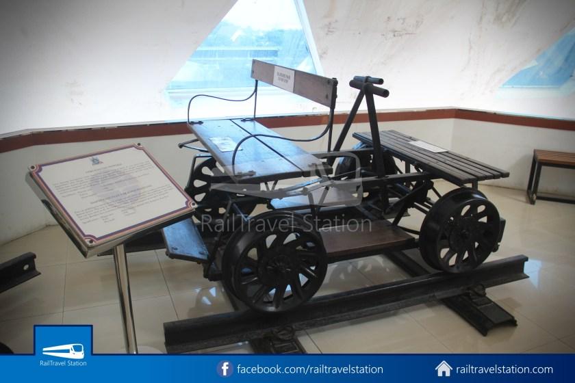 TMII Museum Transportasi 061