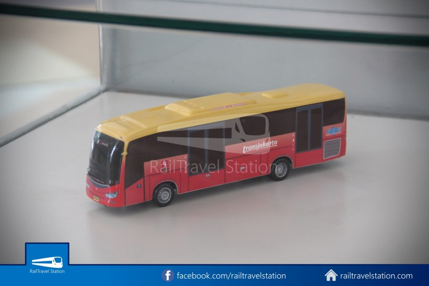 TMII Museum Transportasi 114
