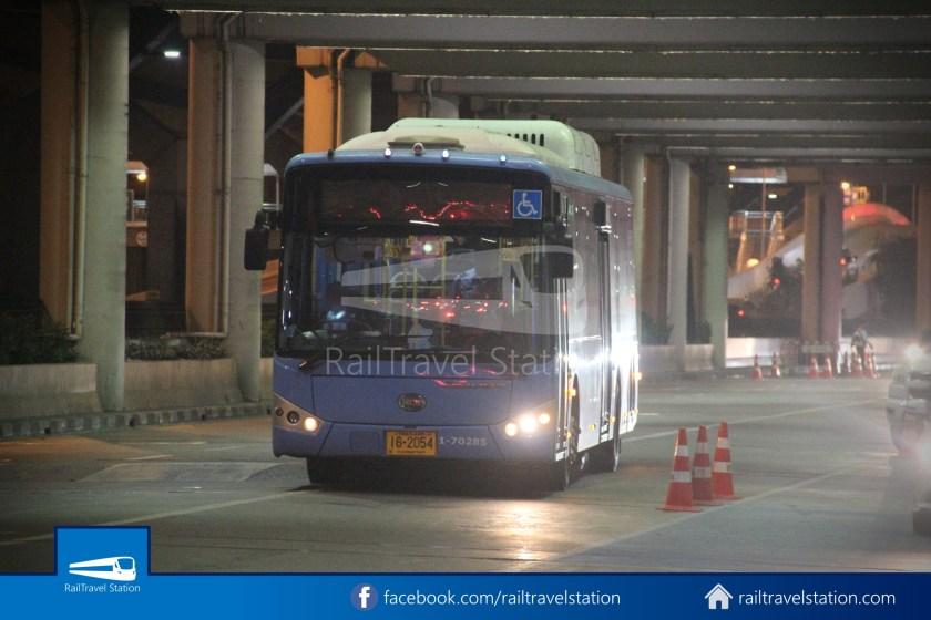 Don Mueang Airport Bus A1 DMK Chatuchak Park MRT 005