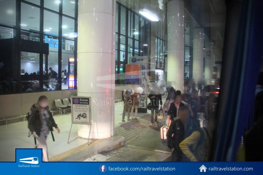 Don Mueang Airport Bus A1 DMK Chatuchak Park MRT 011