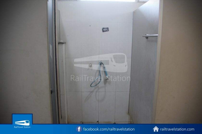 Hat Yai Railway Station Shower Room 001