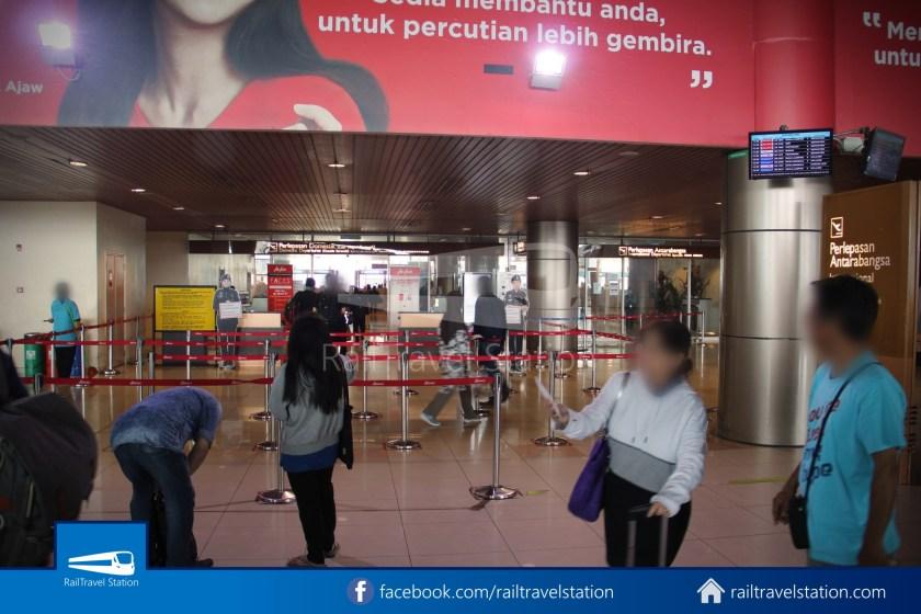 AirAsia AK5417 KCH JHB 006