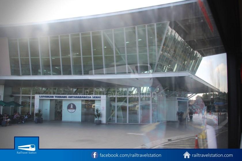 Causeway Link AA1 JB Sentral Senai Airport 9am 027