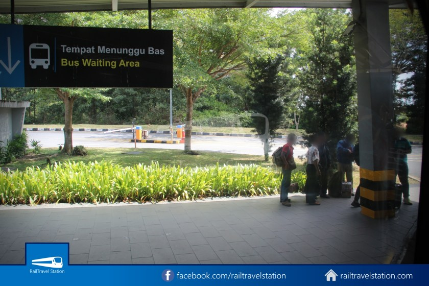 Causeway Link AA1 Senai Airport JB Sentral 3pm 010