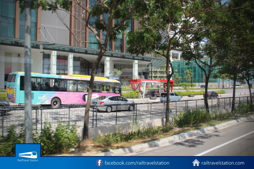 Causeway Link AA1 Senai Airport JB Sentral 3pm 021