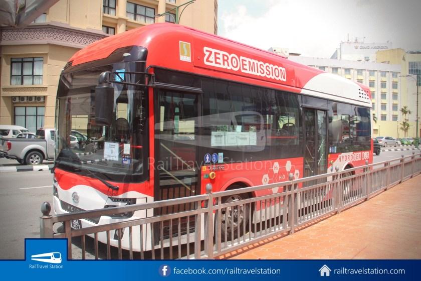H2 Sarawak Damai Bus at Riverside Majestic 005