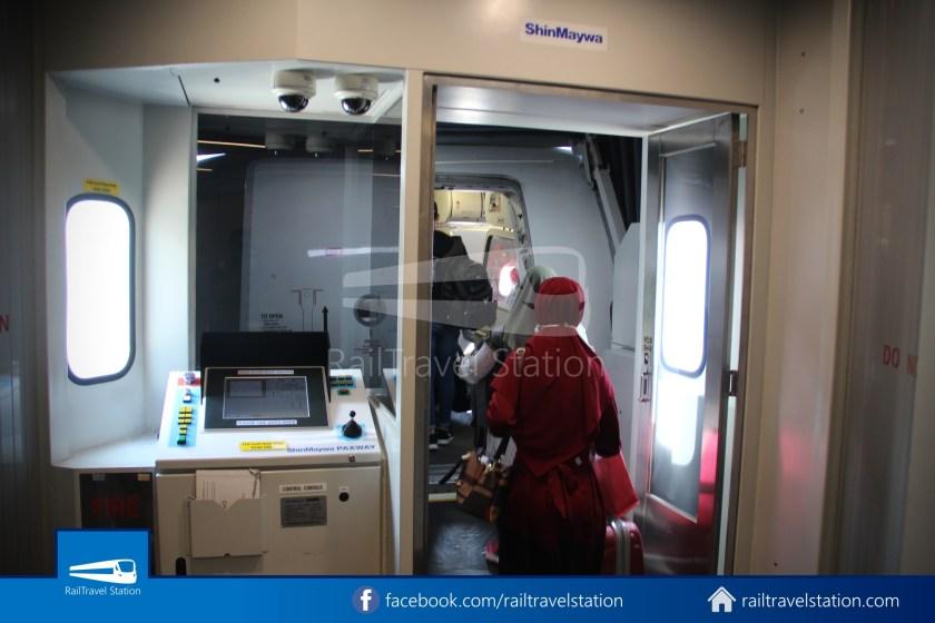 Indonesia AirAsia QZ267 SIN CGK 015