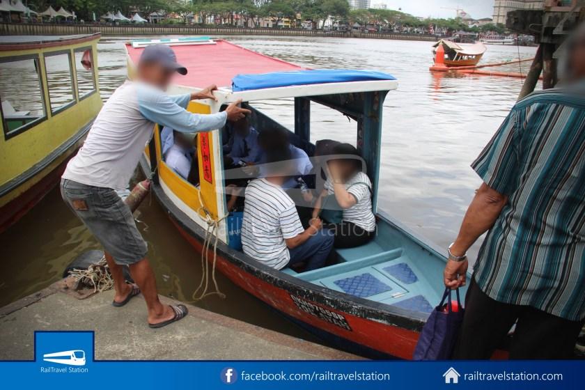 Kuching Penambang Kampung Boyan Waterfront 004