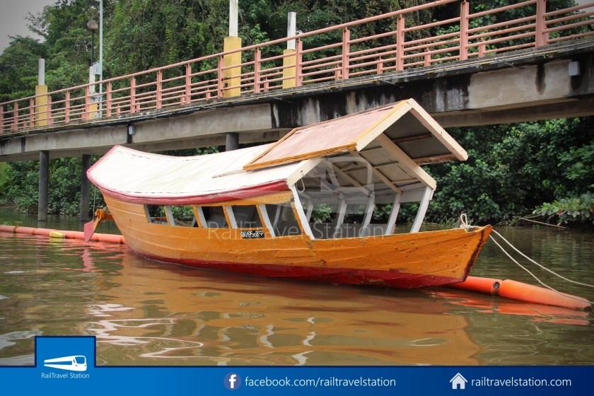 Kuching Penambang Kampung Boyan Waterfront 006