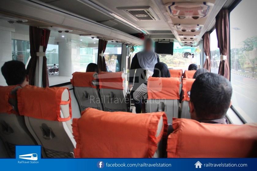 Railink 691692 Shuttle Bus ARS T2 003
