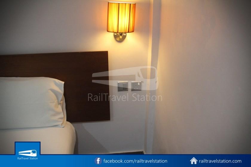 Tune Hotel Waterfront Kuching 013