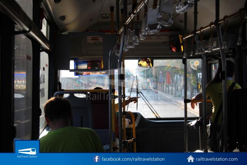 Airport Bus 109 23-9 Park Pham Ngu Lao Tan Son Nhat International Airport 14