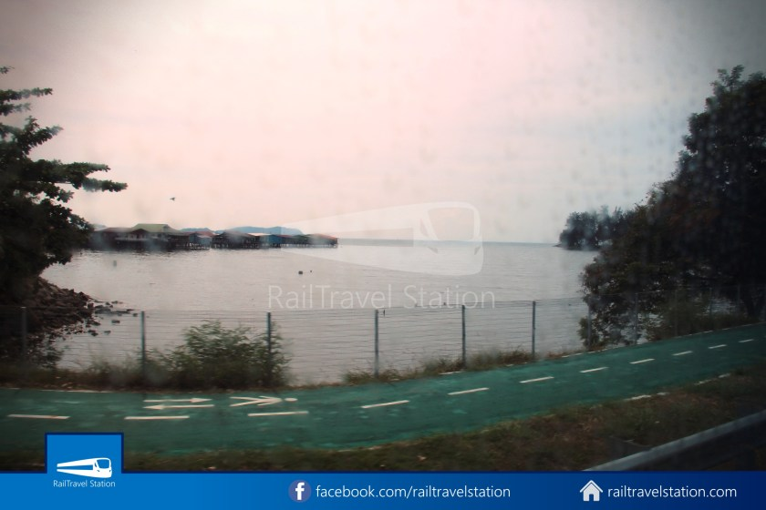 Kota Kinabalu Airport Bus KKIA Padang Merdeka 17