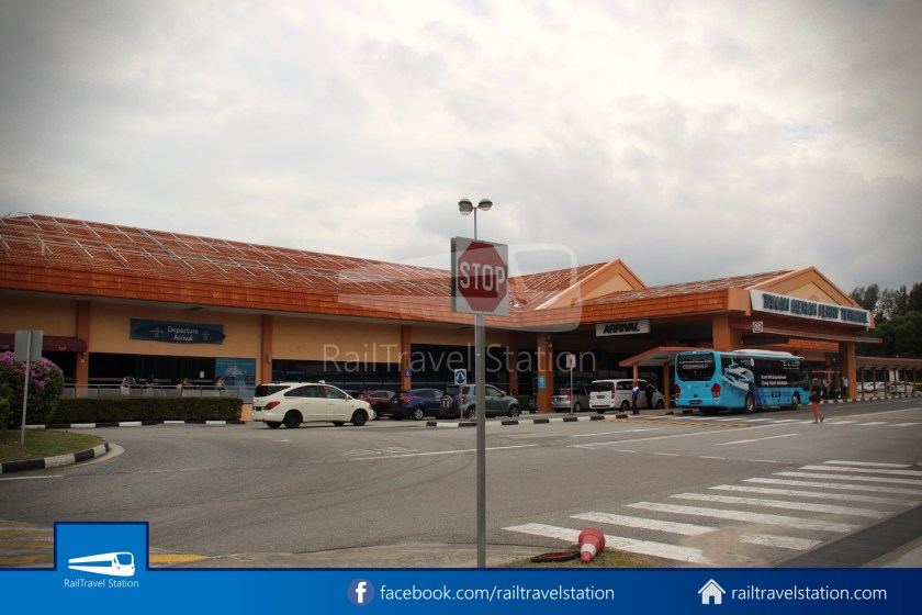 SBSTransit Service 35 Tanah Merah Ferry Terminal Tanah Merah MRT 03