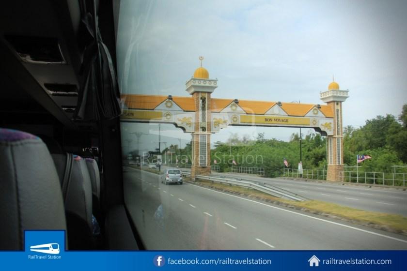 Sipitang Express Kota Kinabalu Bandar Seri Begawan 024