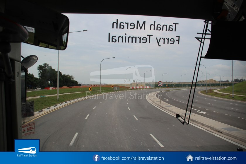 Tanah Merah Ferry Terminal Changi Airport Shuttle Bus 15