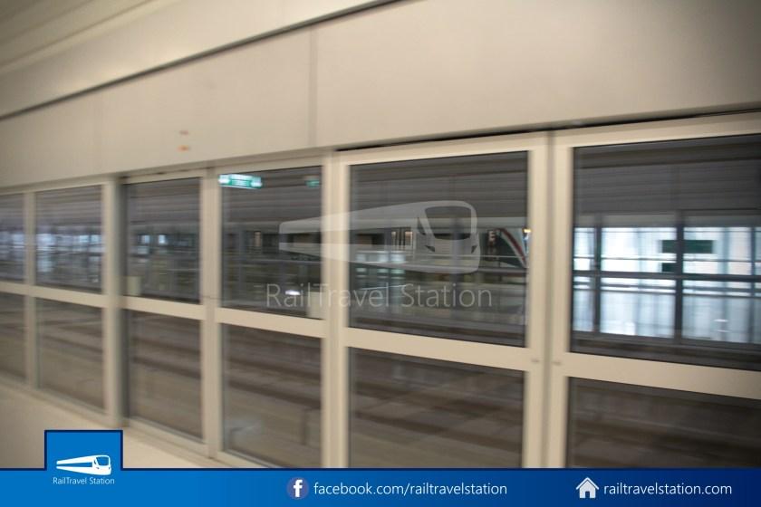 SARL Express Line Makkasan CAT Suvarnabhumi 2012 014