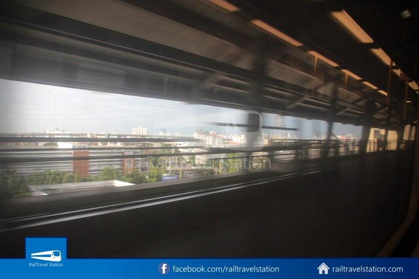 SARL Express Line Makkasan CAT Suvarnabhumi 2012 029