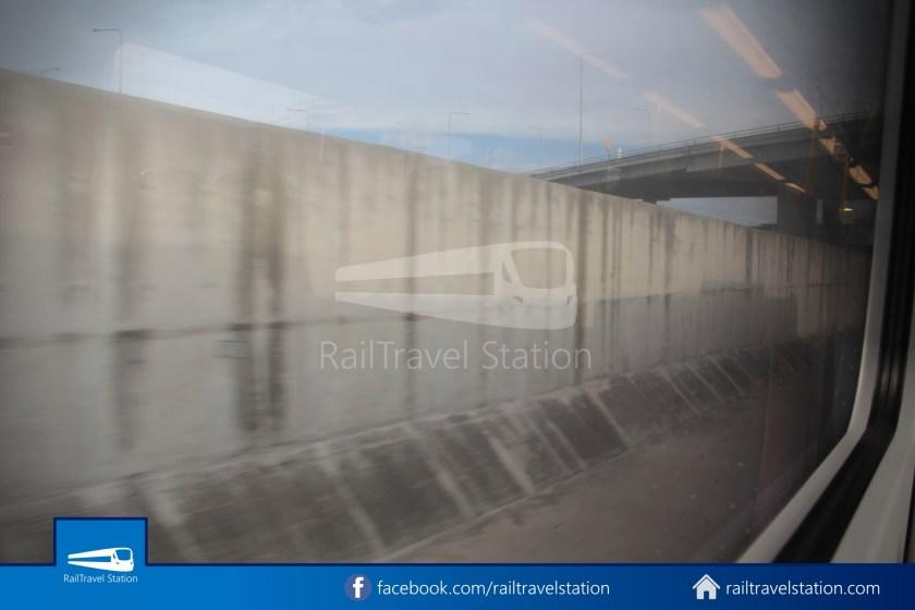SARL Express Line Makkasan CAT Suvarnabhumi 2012 040
